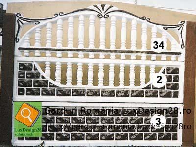 Gard alb cu negru model gard 3 placi si 2 stalpi
