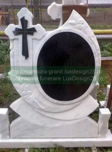 Cruci marmura, poze modele cruci piatra marmura si piatra granit - model cruce 1