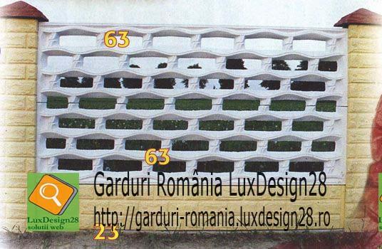 Gard placi beton dreptunghiuri, culori alb, galben si visiniu